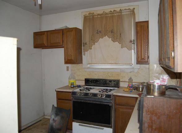 6.5 Kitchen.JPG