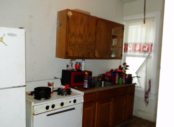 04 -Kitchen 3.JPG