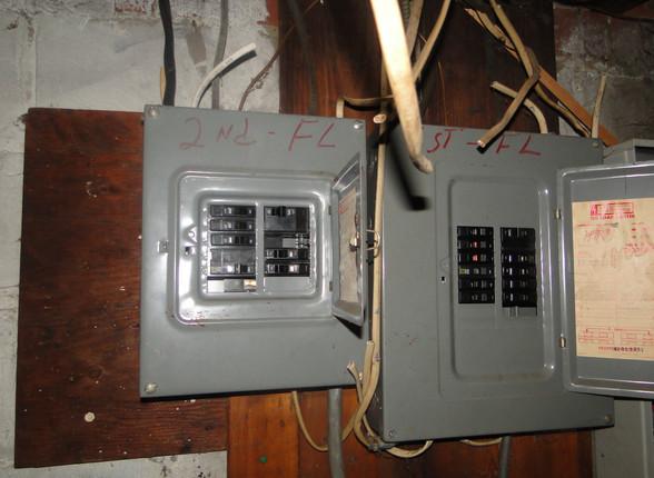 18 - Electric Panel 2.JPG