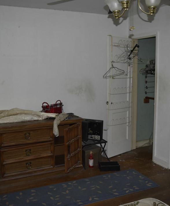 260 2nd BedroomJPG.jpg