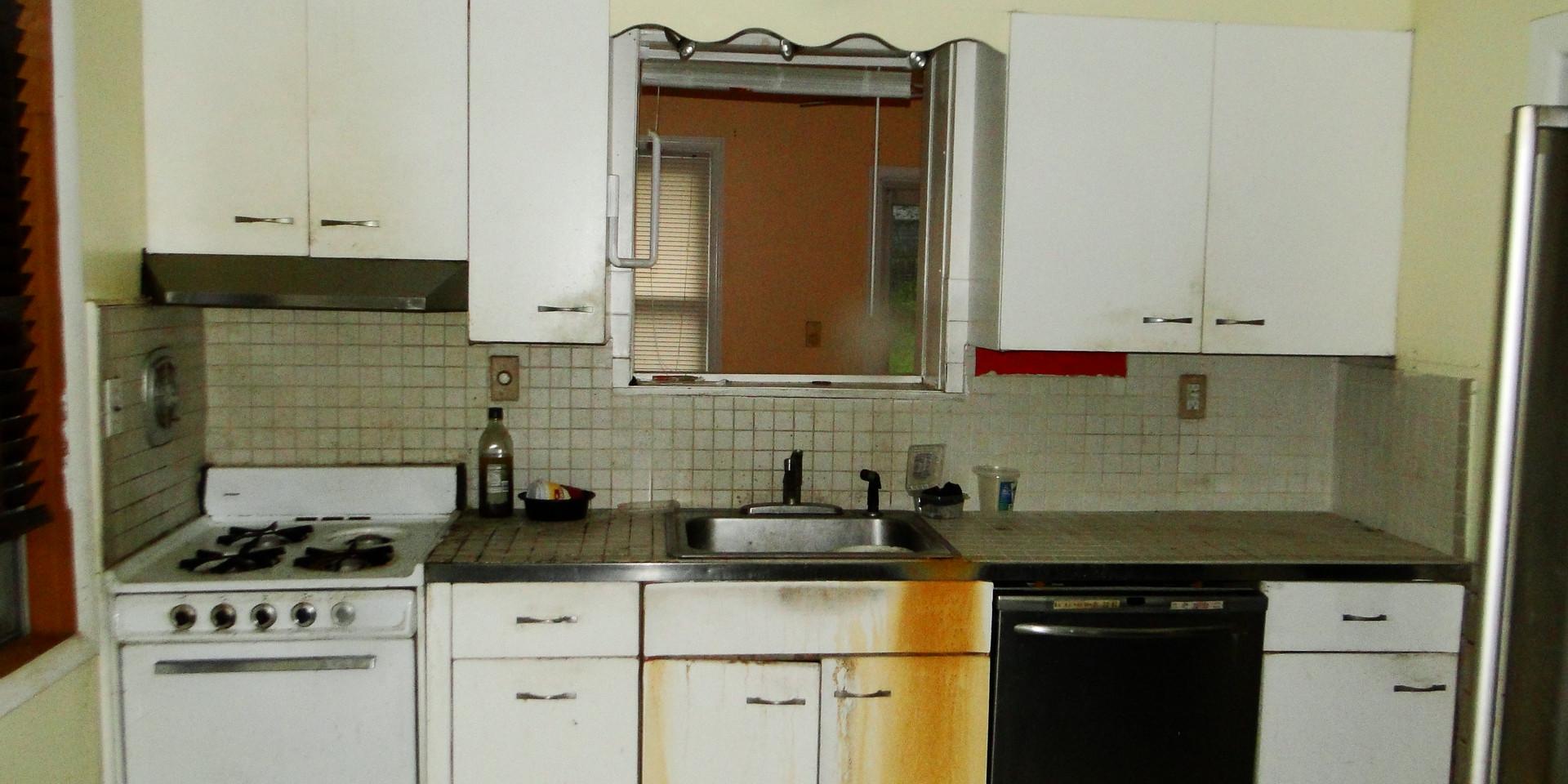 07 - Kitchen 5.JPG