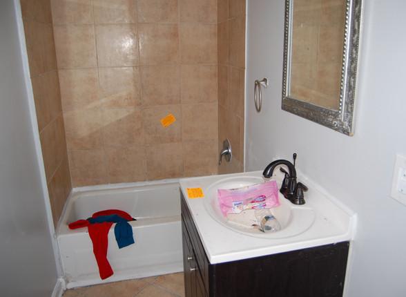 5.0 Full Bathroom.jpg