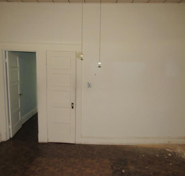 Ja Bedroom 3.JPG