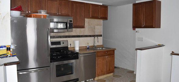 Unit 3 Kitchen.JPG