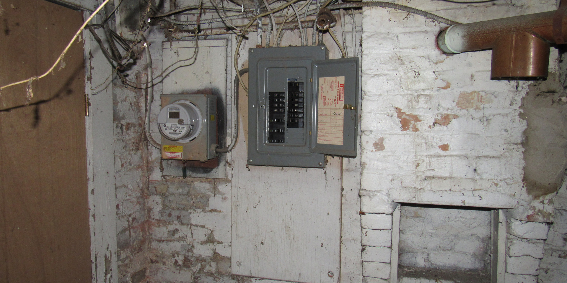13 Electric Panel.JPG