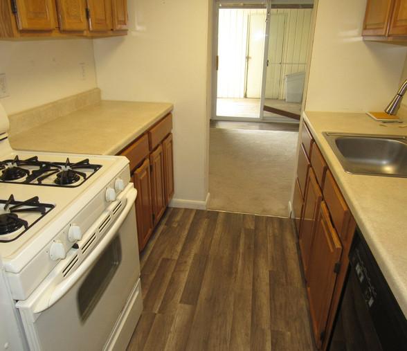180 KitchenJPG.jpg