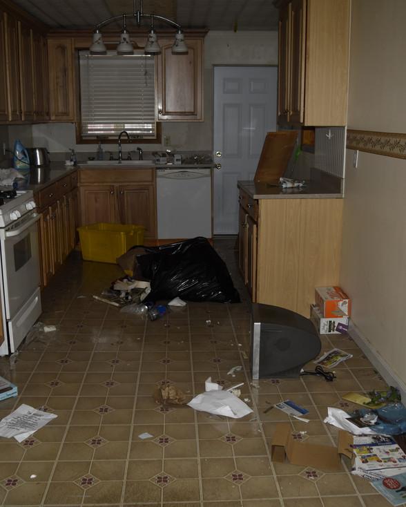 07 Kitchen.jpg