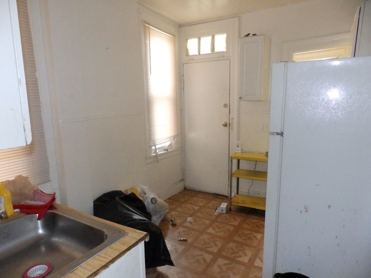 08 - Kitchen 7.JPG
