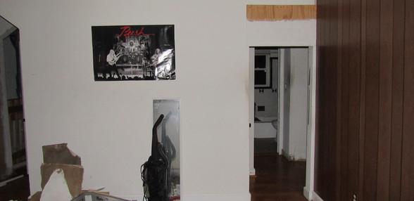 01 Living Room .JPG