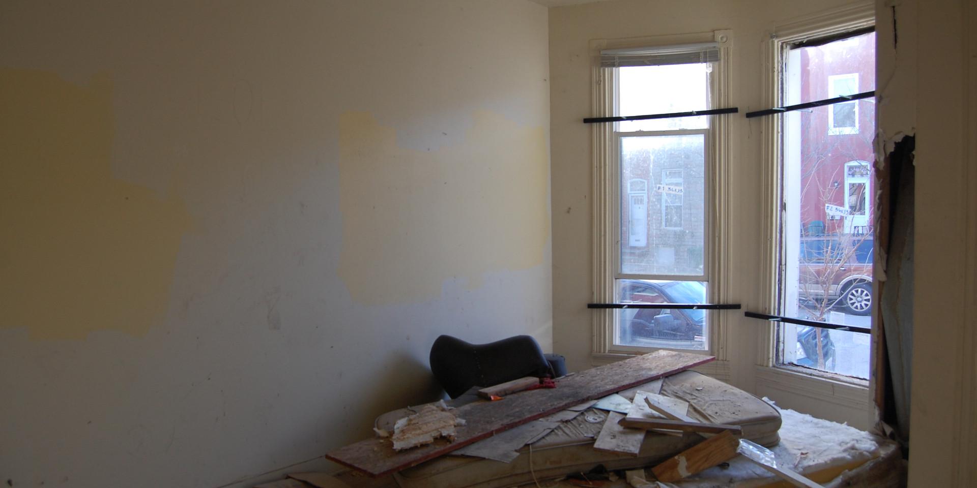 1.6 Living Room.JPG