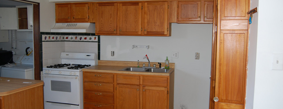 2.1 Kitchen.JPG