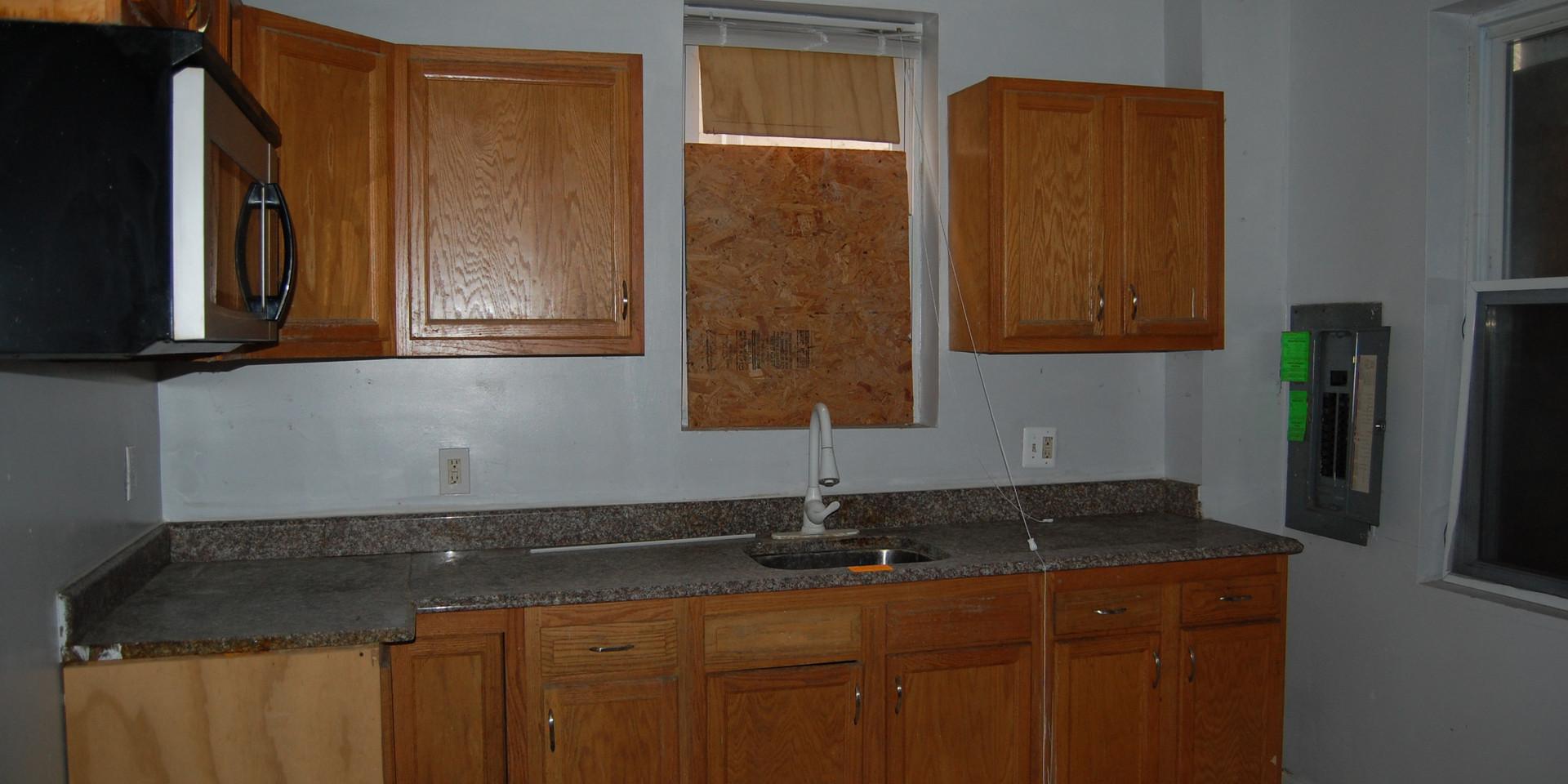 1.4 Kitchen.jpg