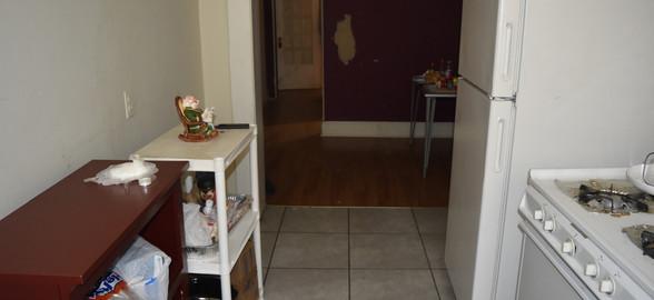 140 Kitchen 1st Apt.jpg