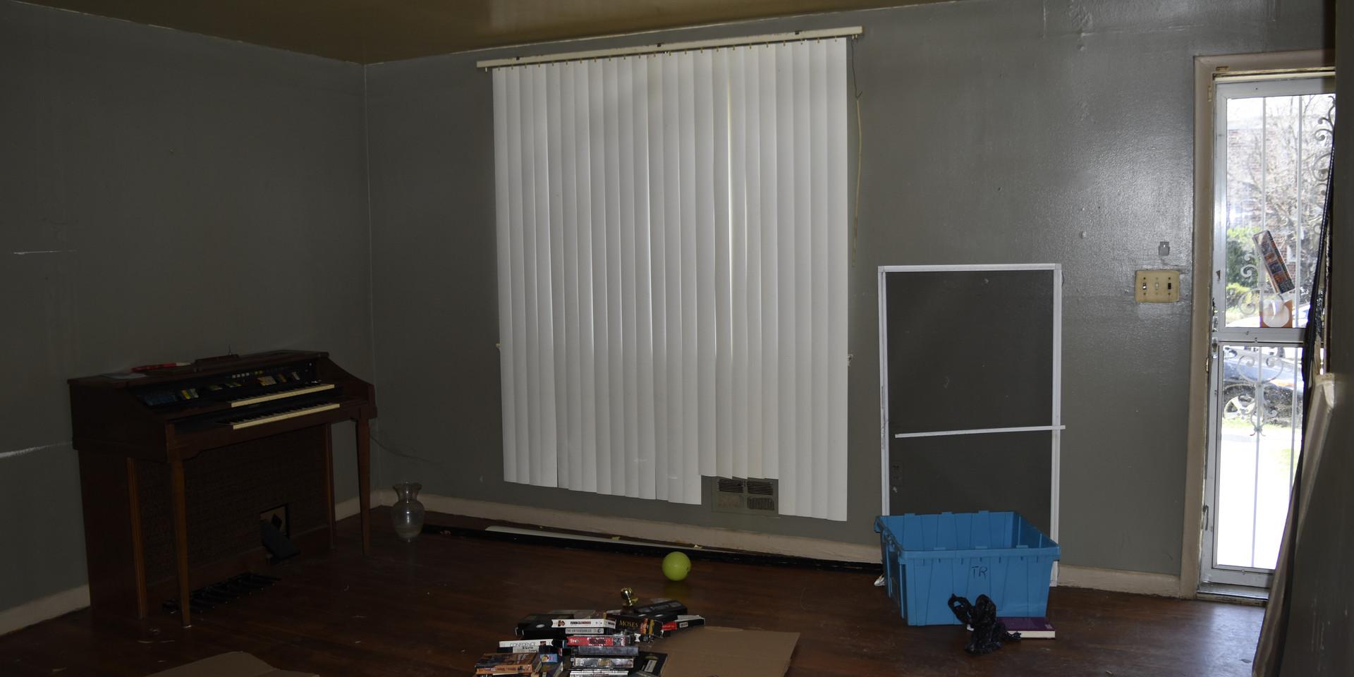 013 Living Room.JPG