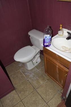 190 Basement Bathroom.jpg