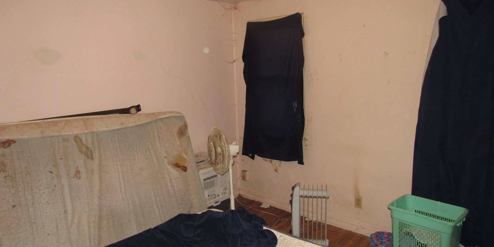 06 Bedroom 1A.JPG