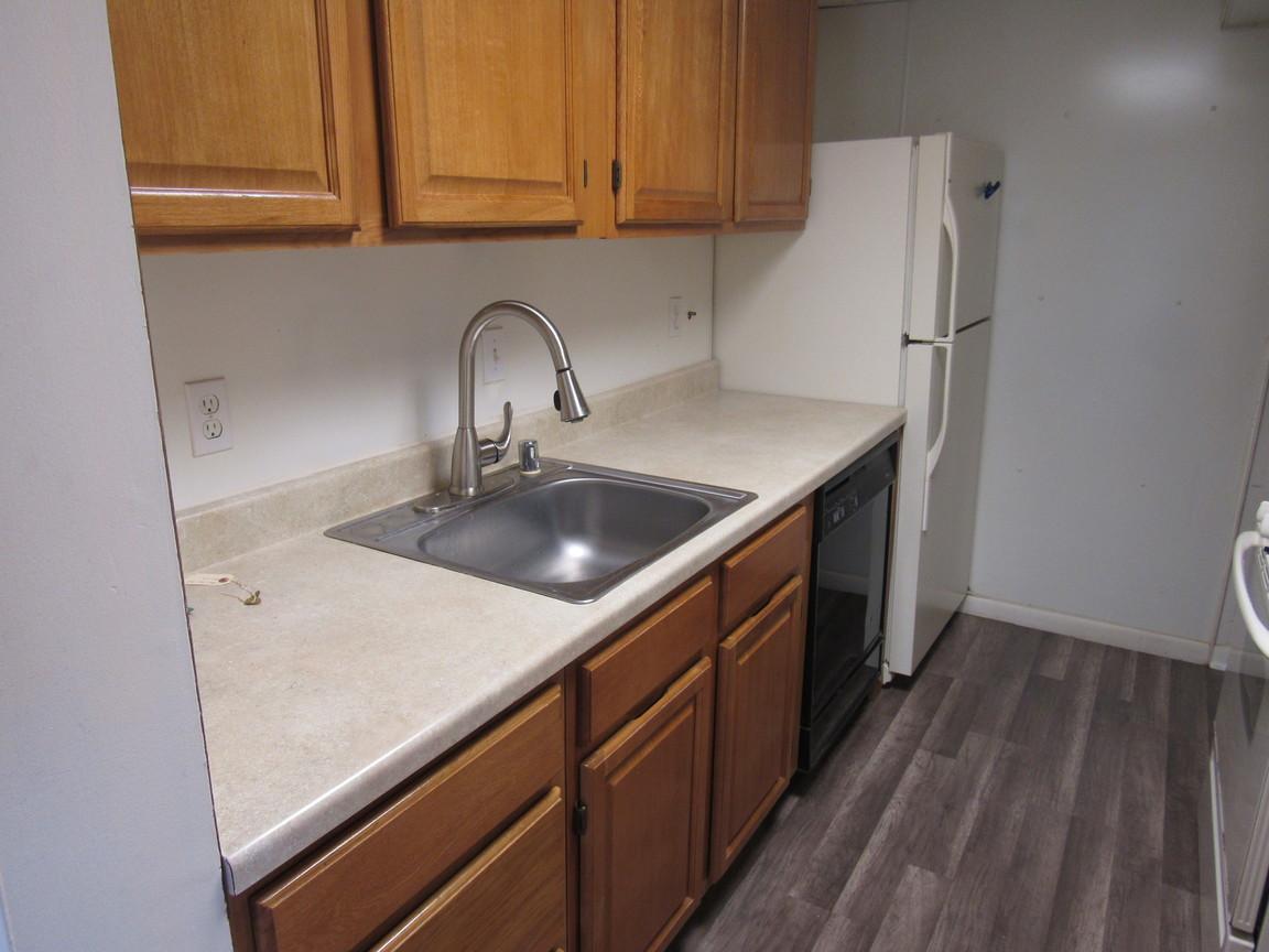 130 KitchenJPG.jpg
