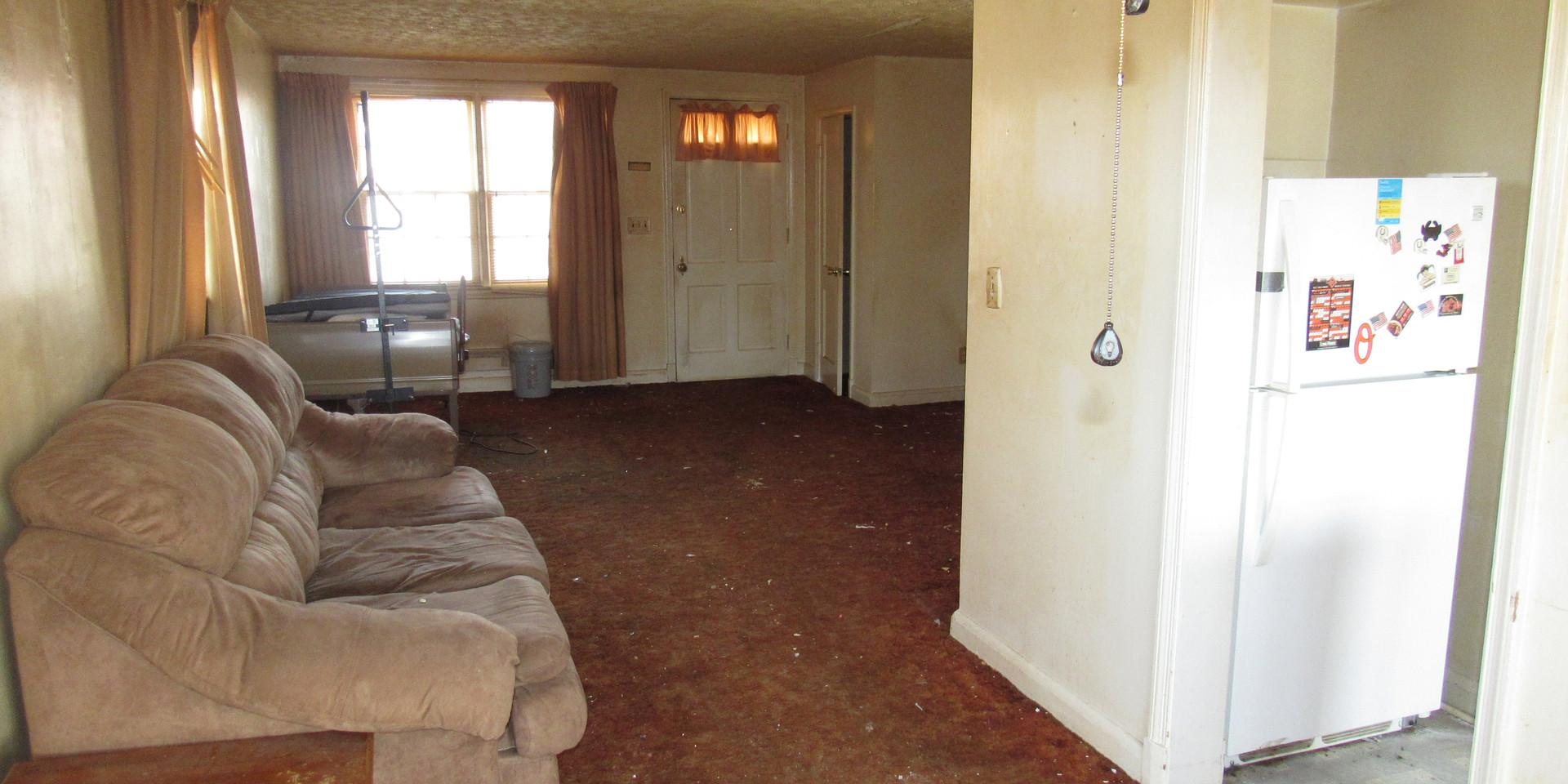 180 Dining Room:Living Room.JPG