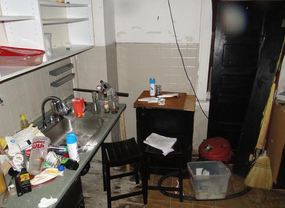 05 - Kitchen 1.JPG