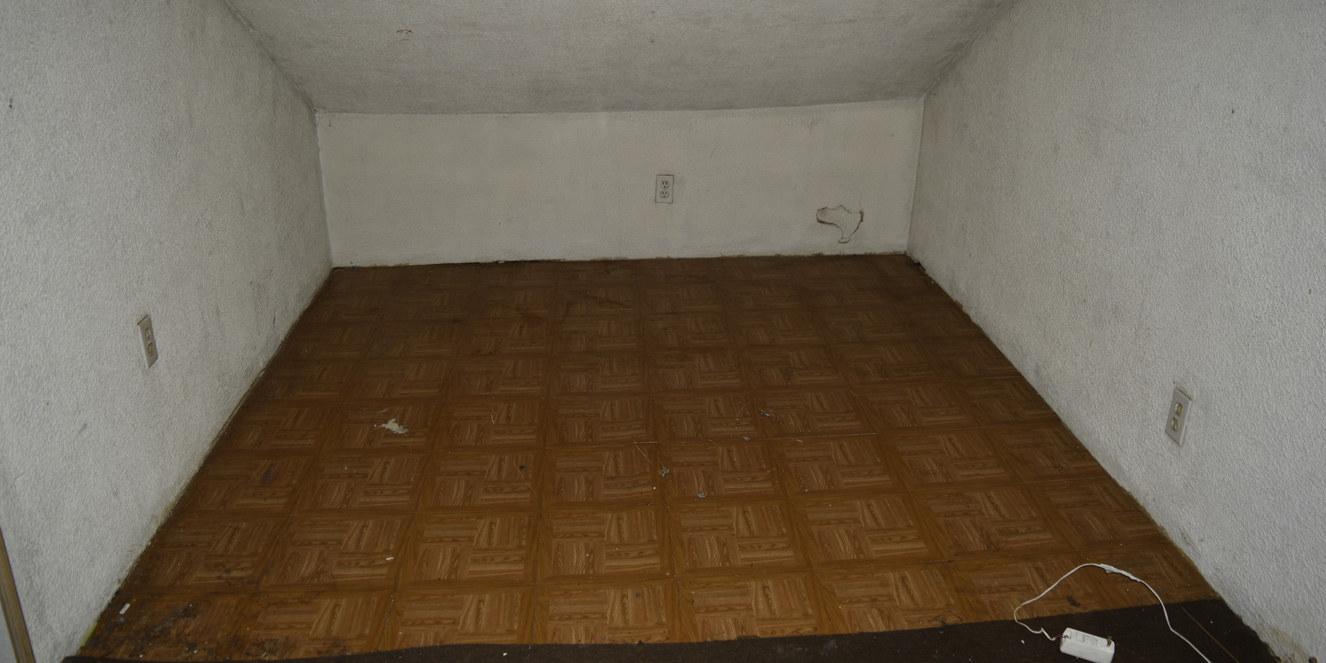 20 2nd Floor Bedroom.JPG