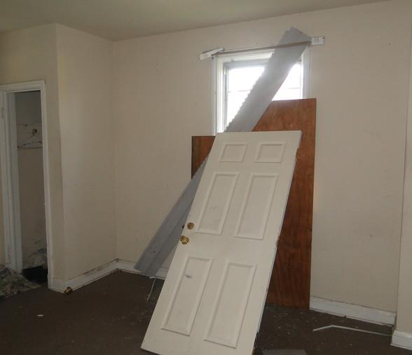 05 - Main Level Bedroom 2.JPG