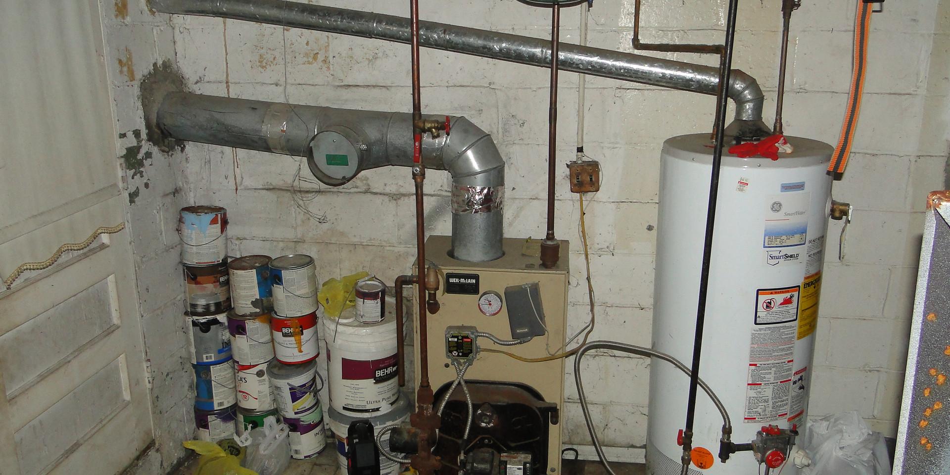 18 - Hot Water Heater_ Furnace 1.JPG