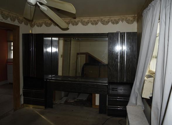 015 Second Floor Bedroom.JPG