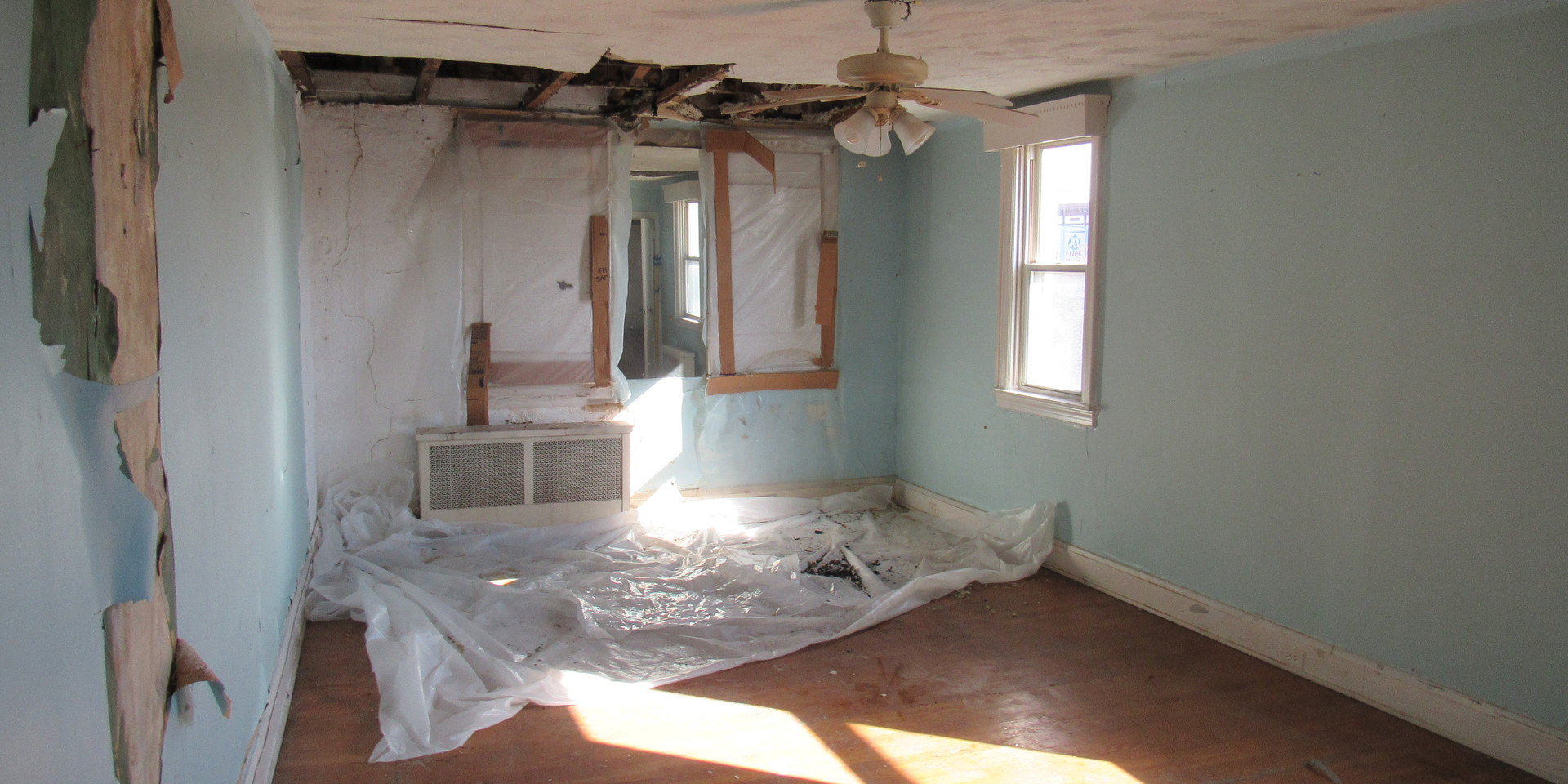 Ic Upstairs Bedroom2.JPG