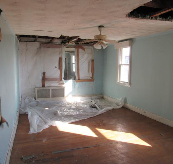 Ic Upstairs Bedroom2.JPG