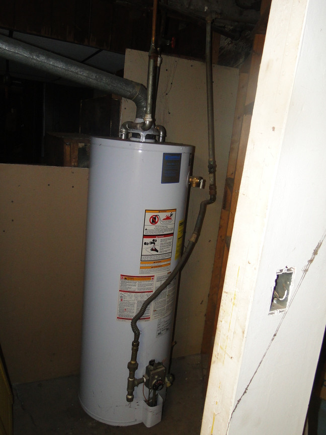 420 Hot Water HeaterJPG.jpg