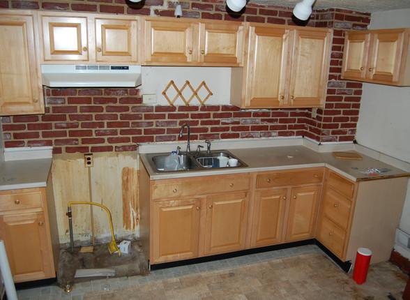 2.3 Kitchen.JPG