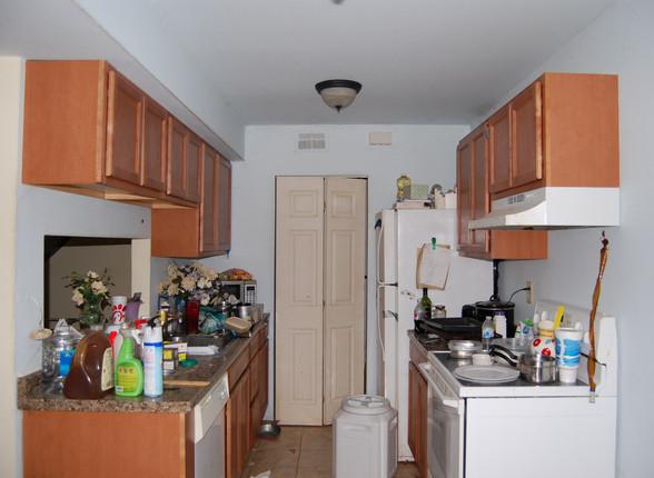 4.1 Kitchen.JPG