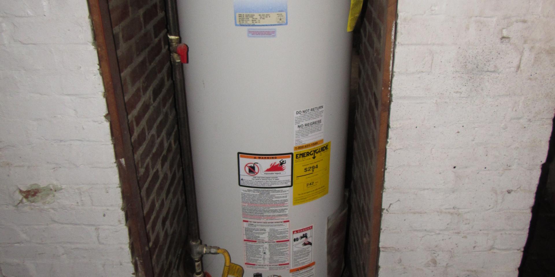 45 - Water heater.JPG