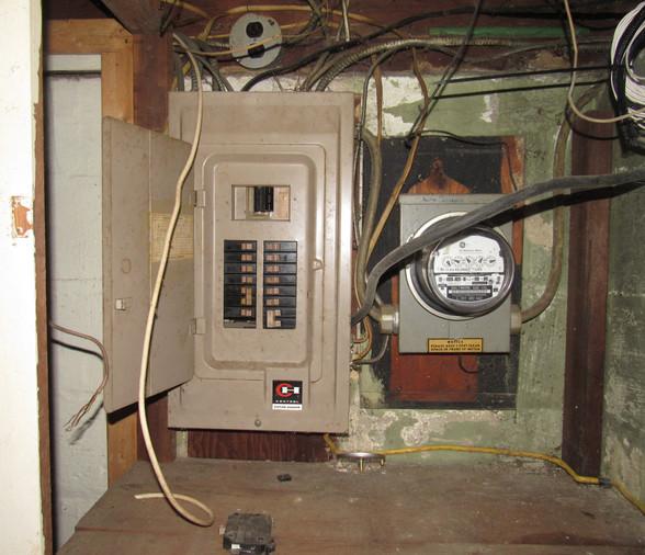 42 - Electrical Panel A.JPG