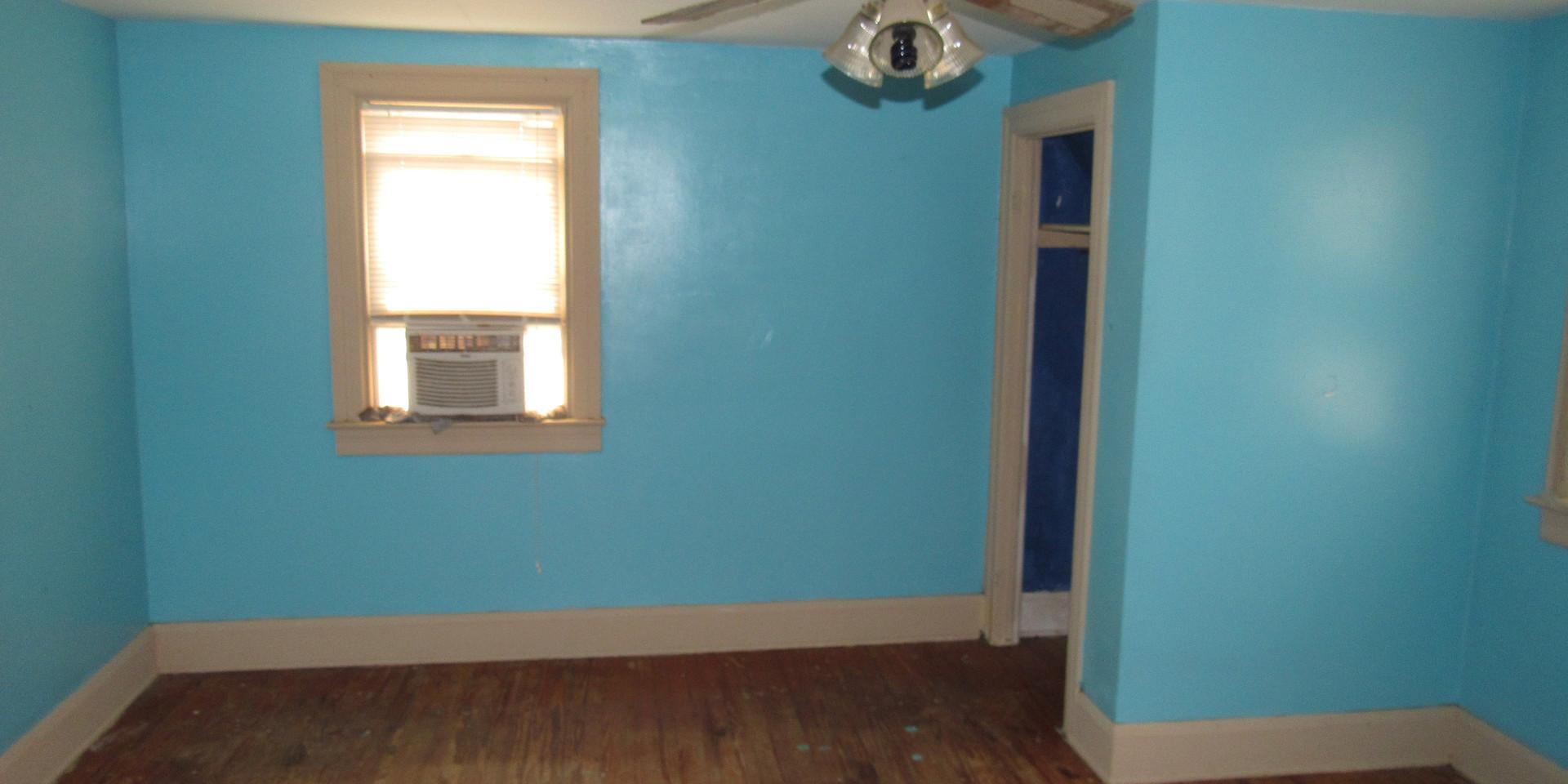 25 - Bedroom 2.JPG
