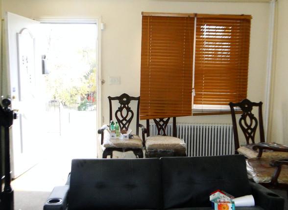 03 Living Room 4.JPG