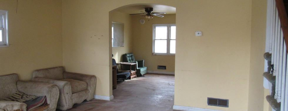 03 Living RoomJPG.jpg