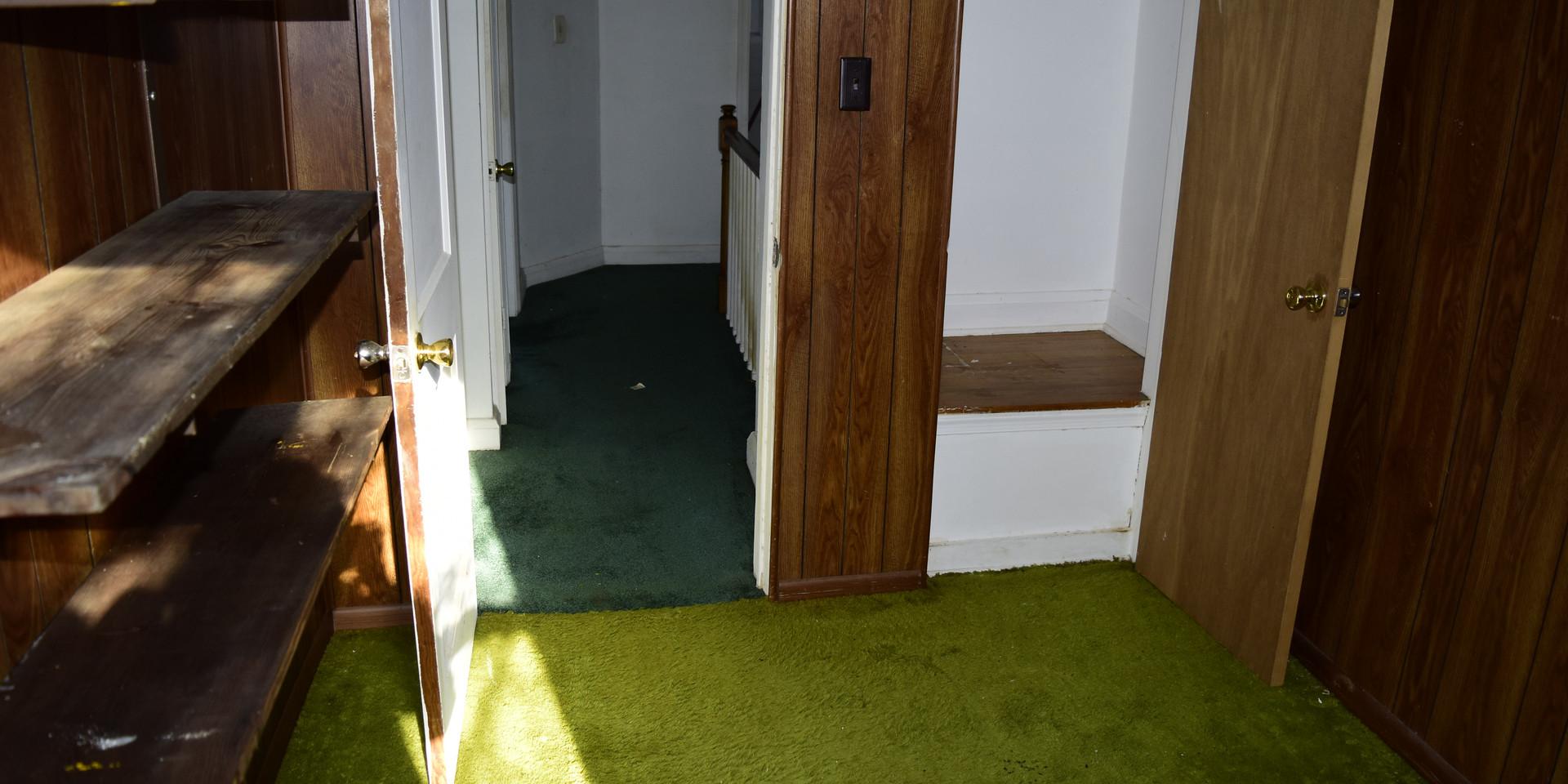 4.6 Guest Bedroom.JPG