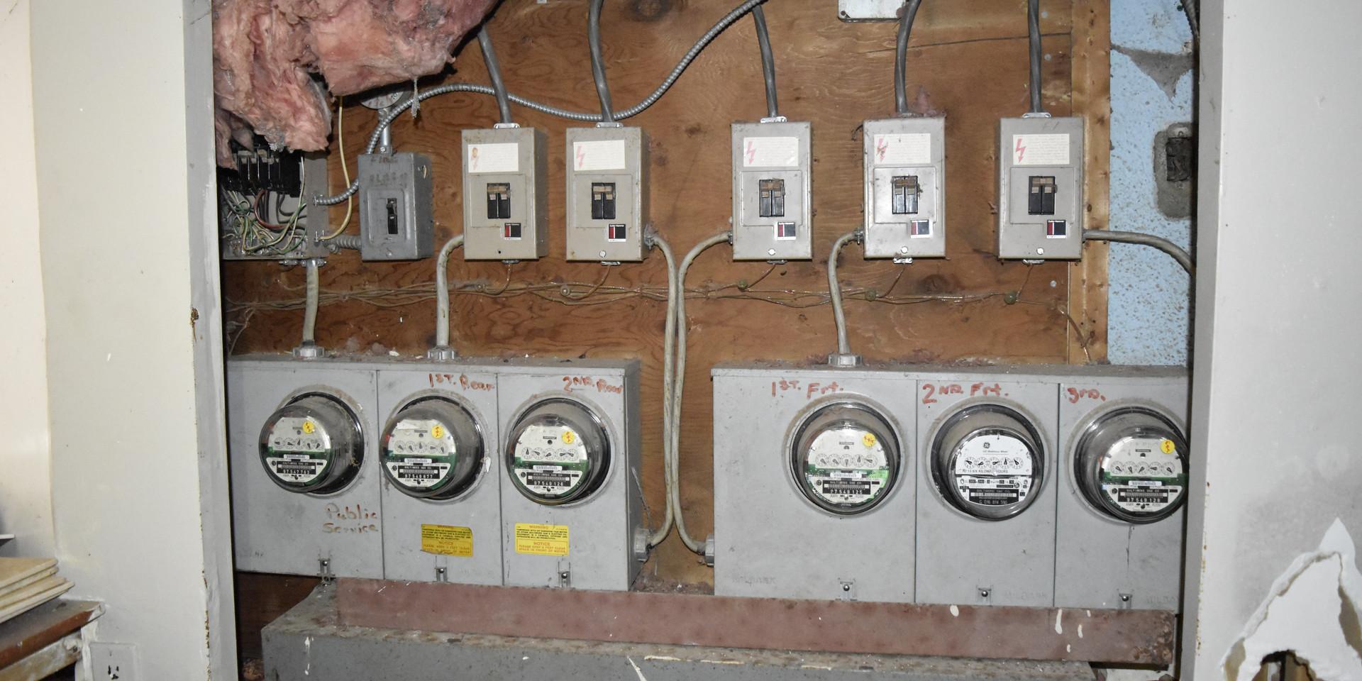 Gas_Electric Meters.JPG