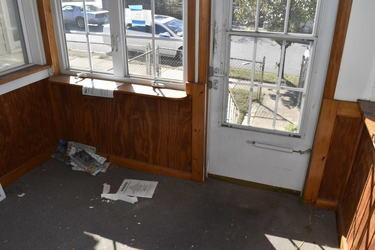 03 Covered Porch.jpg