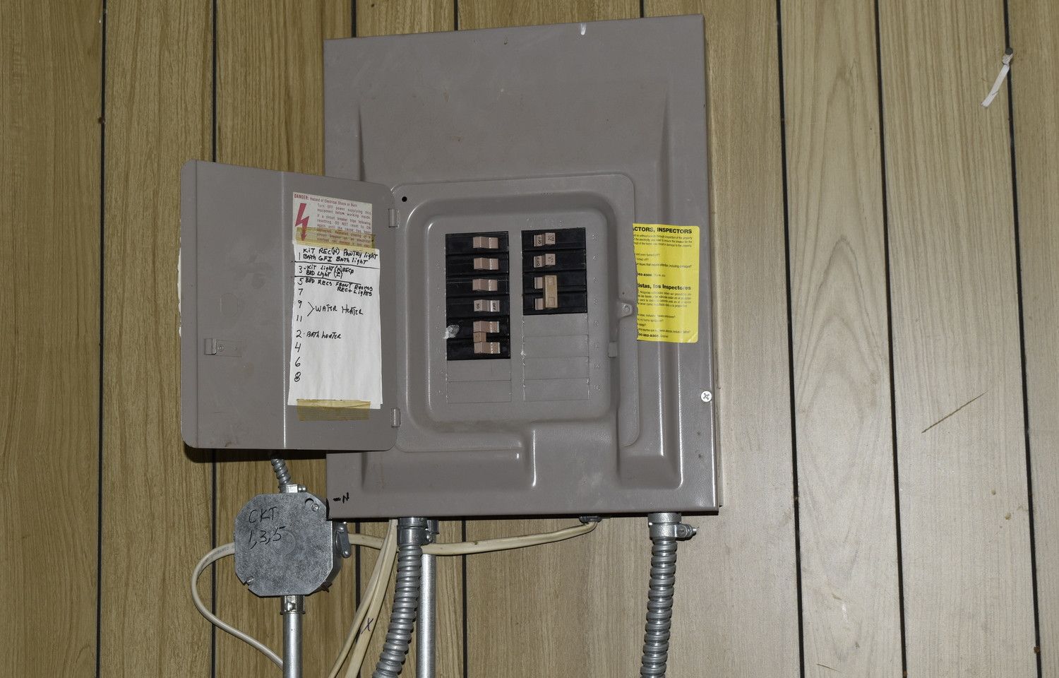 11.0 Apartment 1 Electric Panel.jpg