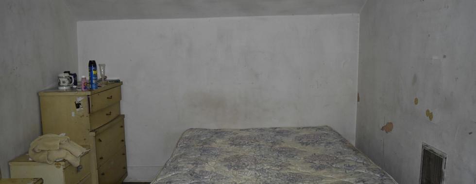 120 Bedroom 1.jpg