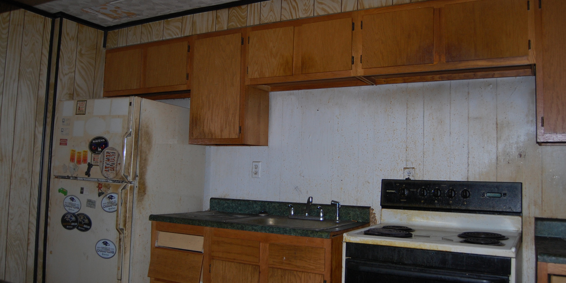 3.8 Kitchen.JPG