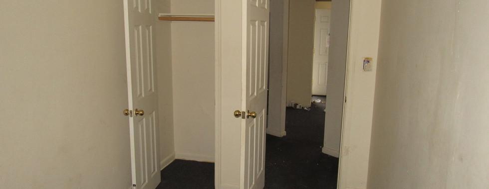 09 apt 1 Bedroom 2JPG.jpg