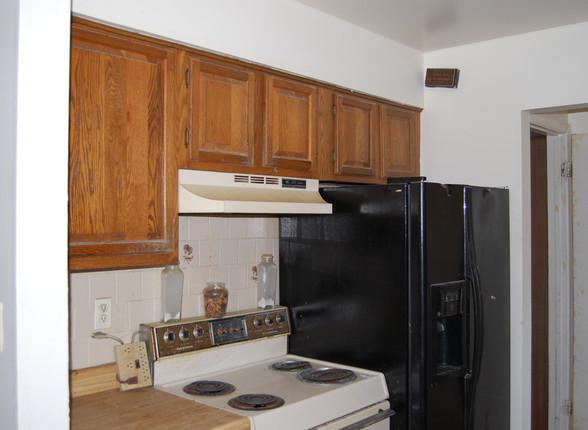 3.4 Kitchen.JPG
