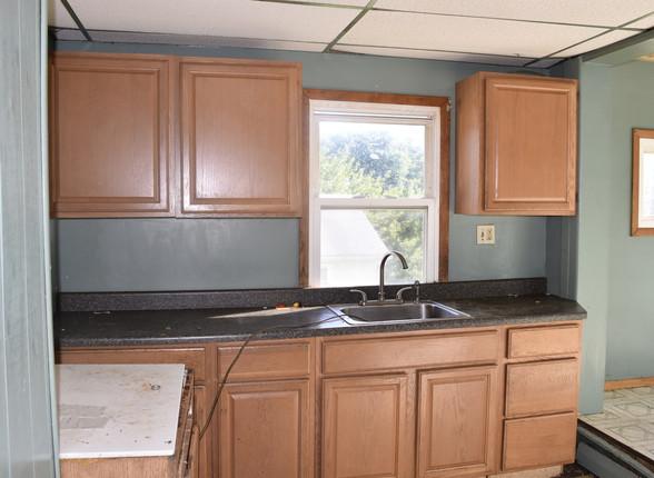 0017 Kitchen 2nd UnitJPG.jpg