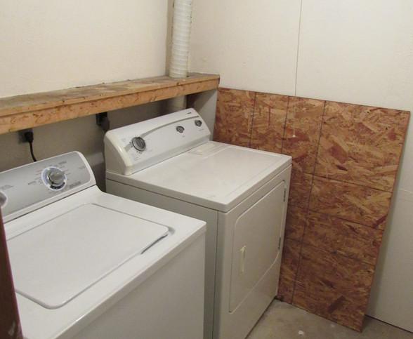 220 Basement Wash room BJPG.jpg