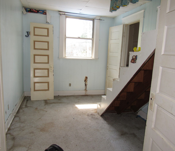 015 Bedroom 4.JPG