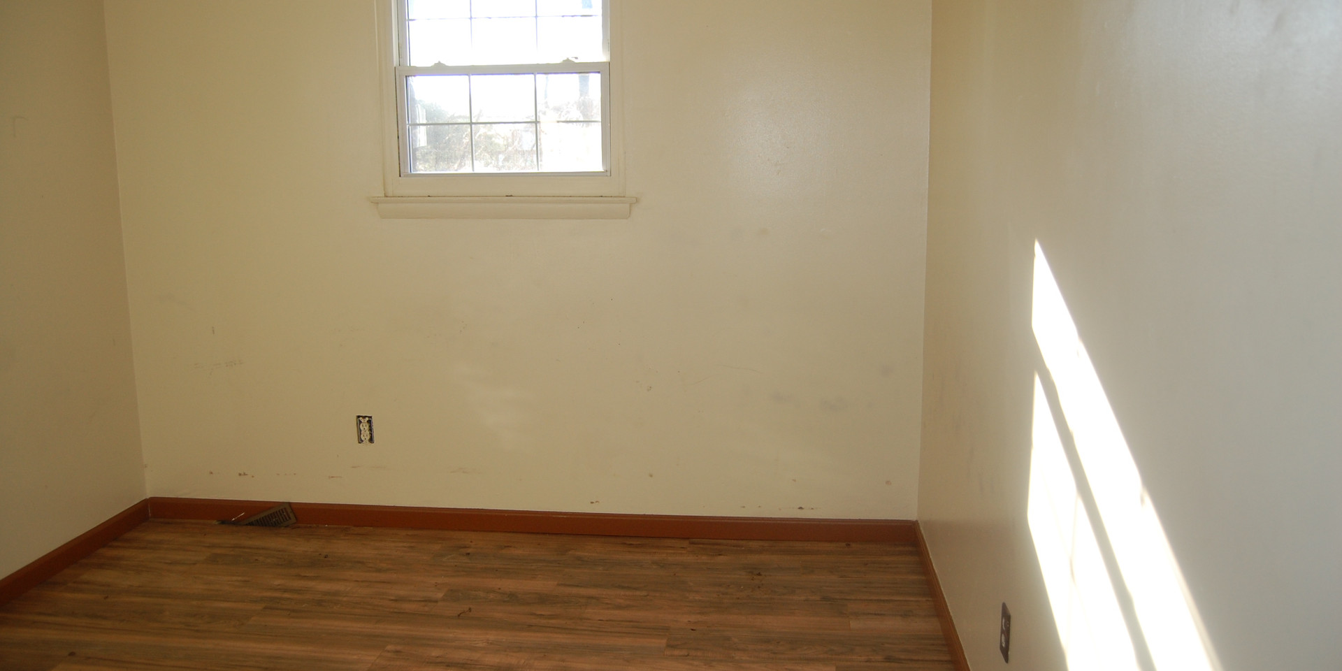 12.1 First Guest Room.jpg