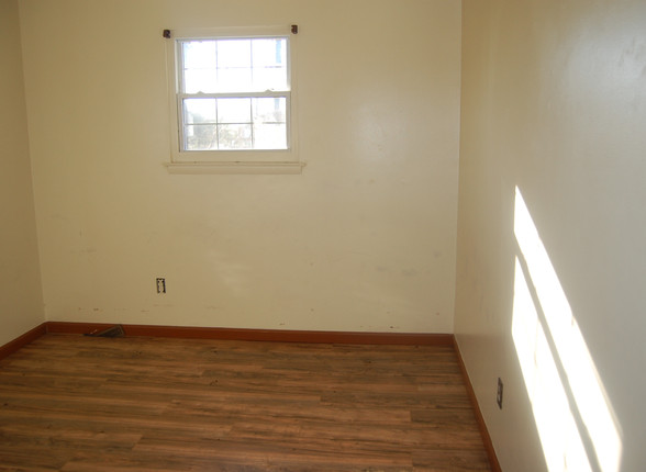 12.1 First Guest Room.jpg